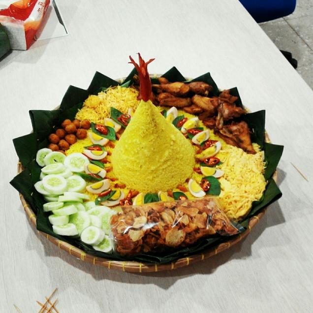 Tumpeng Nasi Kuning Ulang Tahun Mas Budi My Name Is Hendri